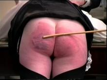 Minnie the Jimx has a very sore bottom